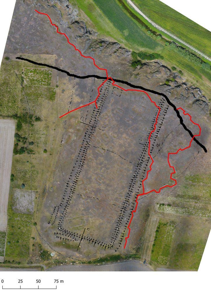 Luncavița - planul fortificației după Polonic suprapus peste ortofotografie aeriană